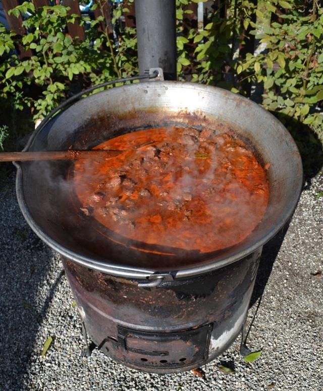 Bográcsgulyás - Hongaarse goulash