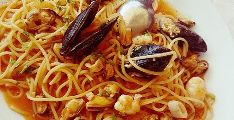 Spaghetti met zeevruchten